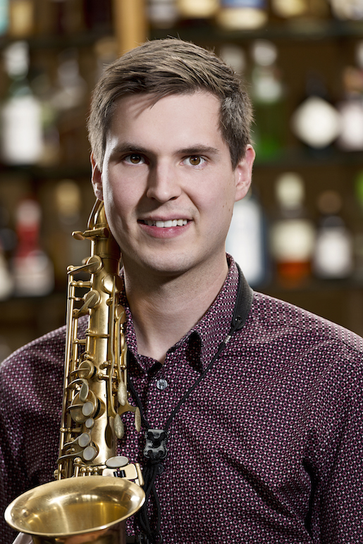 Jonas Gawehn</br>Saxophon