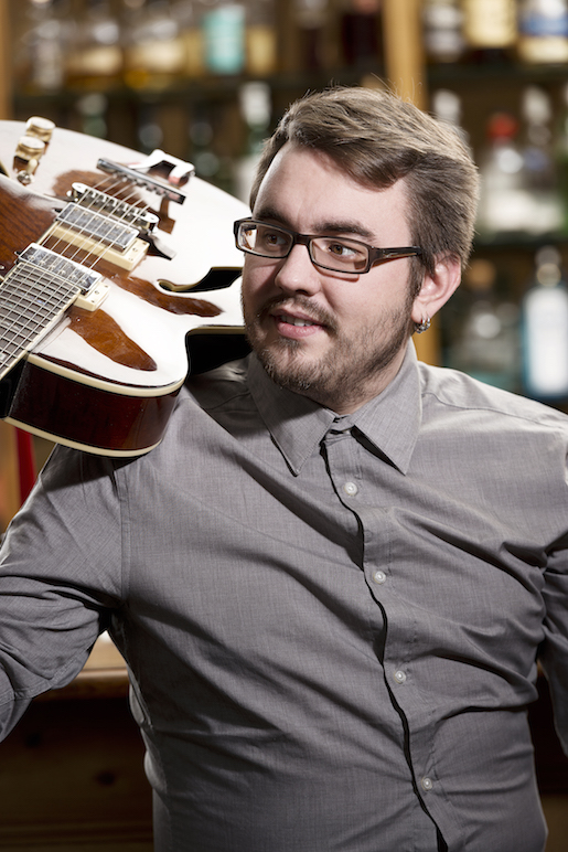 Amadeus Kaspschyk </br>Gitarre, B-Voc